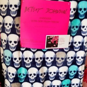 Betsey Johnson skull plush throw